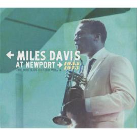 At Newport 1955-1975 (The Bootleg Series Vol. 4)  - Miles Davis