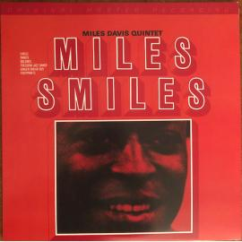 Miles Smiles - The Miles Davis Quintet